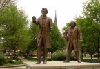 Lincoln-Douglass-Debate-Sculpture